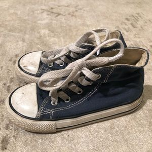 Little boys size 9 navy high top converse